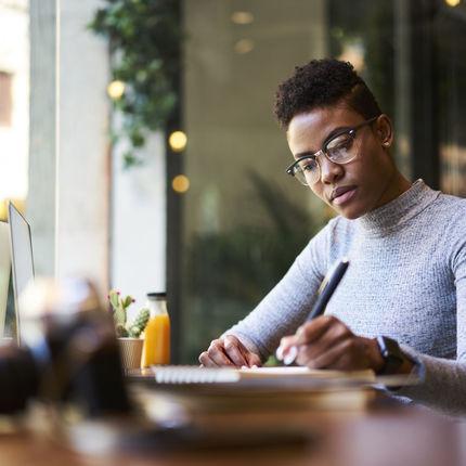 60 Helpful Freelance Writing Career Resources
