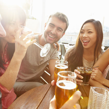 "The Golden ""DON'T"" Rules of a Work Happy Hour"