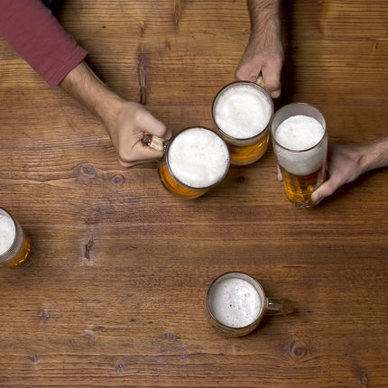 """The Golden """"DO"""" Rules of Happy Hour Etiquette"""